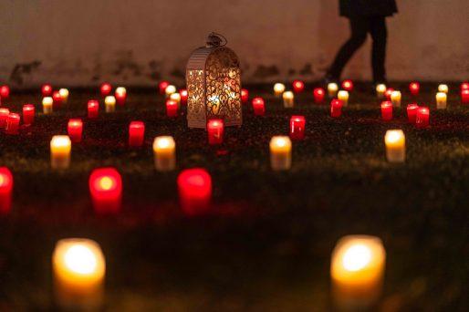 Den ganzen Beitrag zu Kerzen- und Heiligenschein lesen