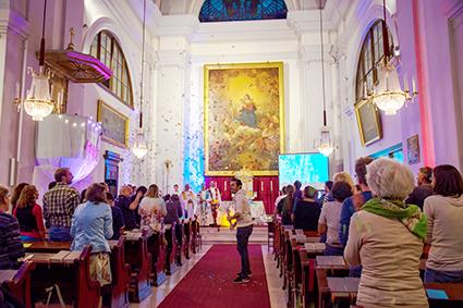 Den ganzen Beitrag zu [Süd] Throwback Eröffnung Jugendkirche Süd lesen