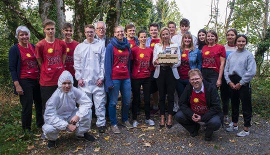 BM Bogner-Strauß bei einem 72h-Projekt in Vorarlberg